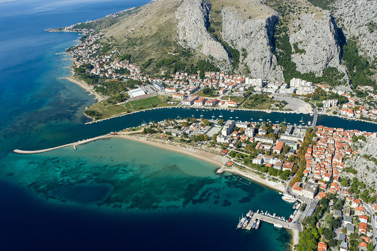 Omiš: How the people from Omiš almost ate up Ulysses? | Plavi Horizont