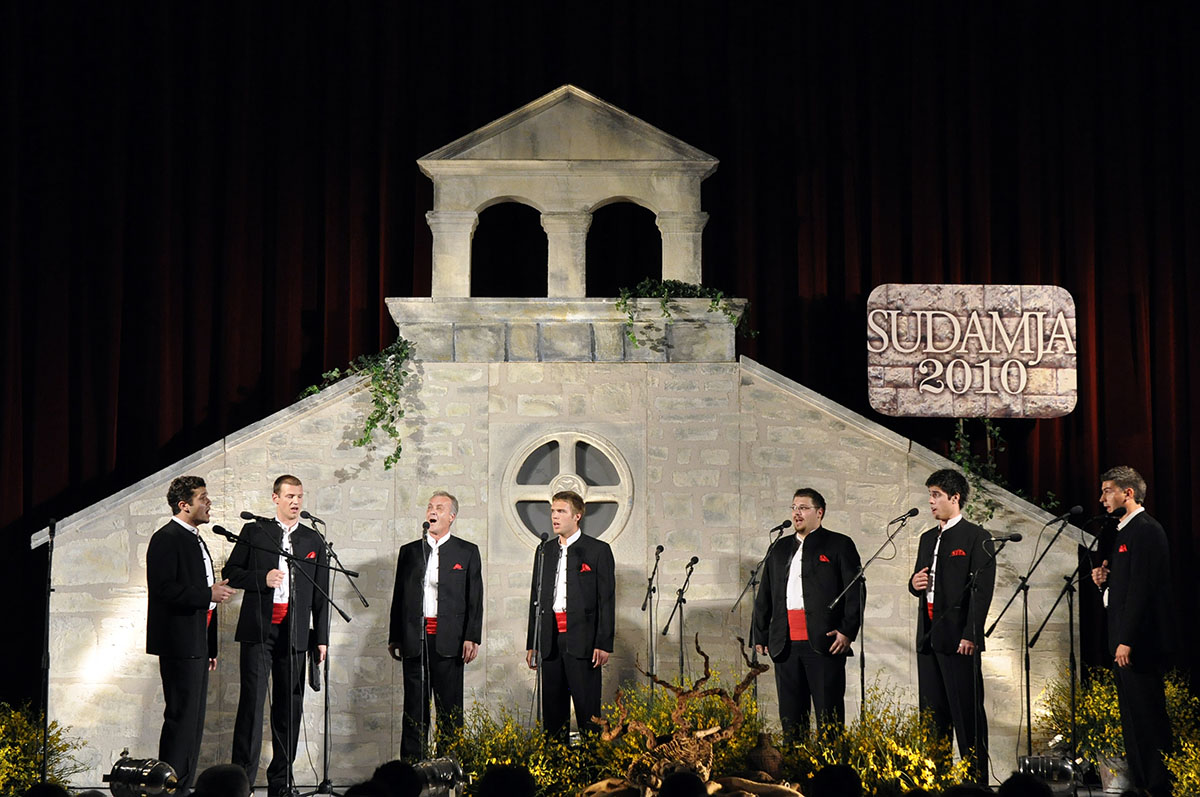 Festival of the Dalmatian klapa | Plavi Horizont