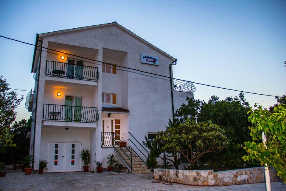 Apartments Esthera | Plavi Horizont