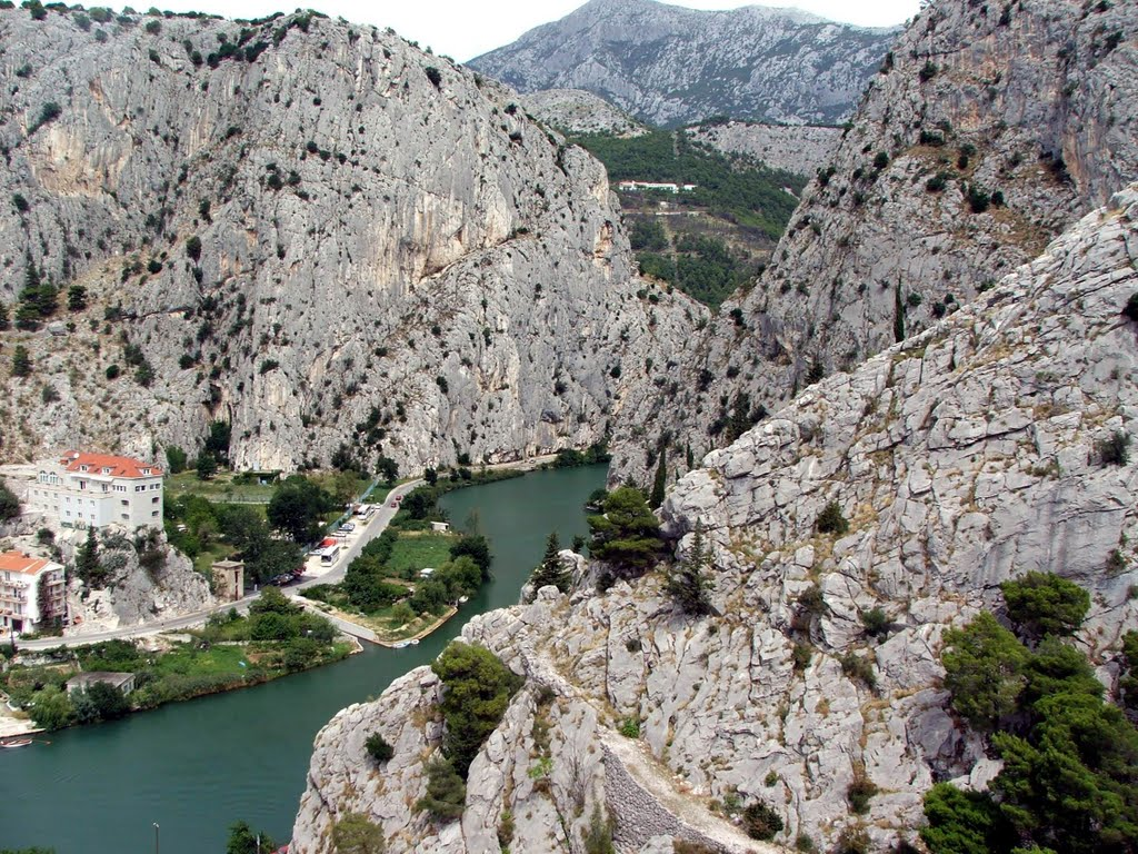 Rock climbing in Omiš | Plavi Horizont