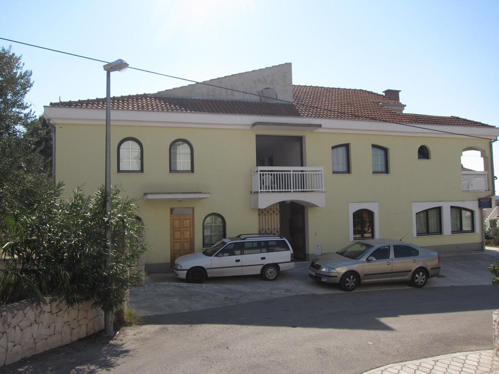 Apartments Pero | Plavi Horizont